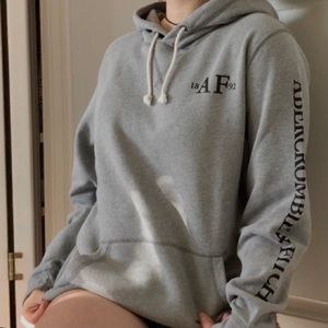 abercrombie & fitch hoodie !!